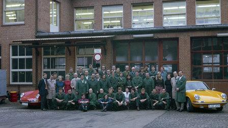 1972: Repair customer service in Werk 1, left Rolf Srenger, 2nd from left Elmar Wilrett