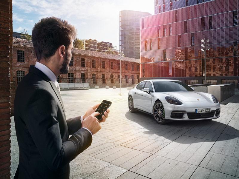 Porsche Porsche Connect
