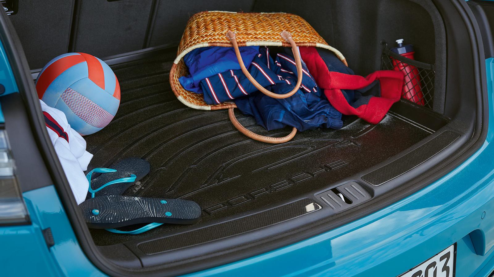 Porsche - Luggage compartment